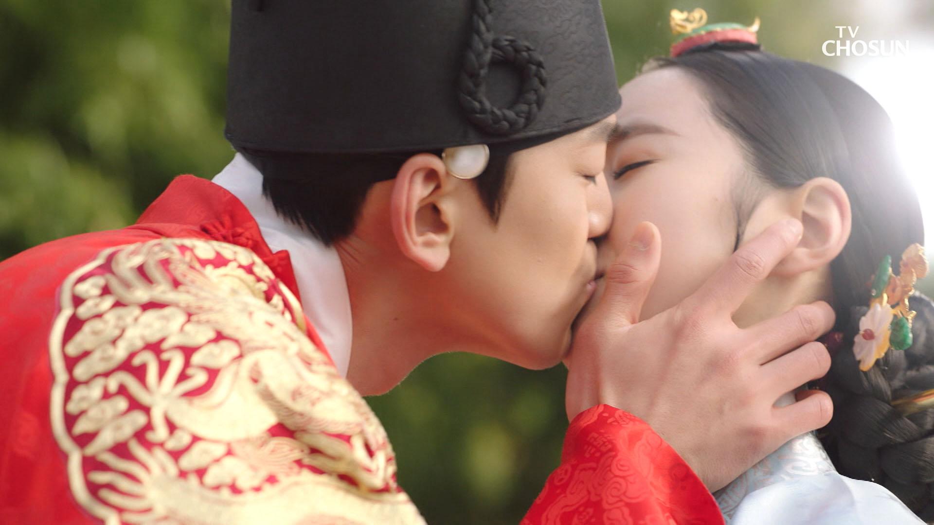"""♥마음 확인 KISS♥ """"전하만을 은혜하며 살아갈 것입니다"""""""